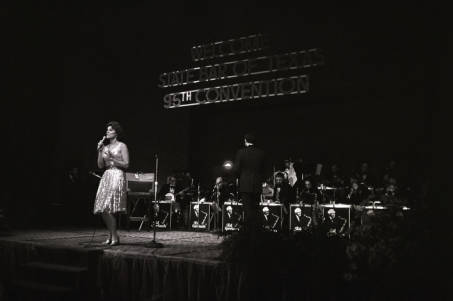Anita Bryant performing at State Bar of Texas 95th Convention.jpg